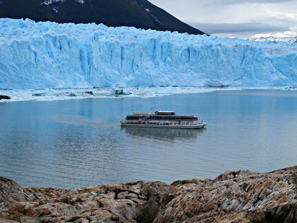 Using the boat for scale helps to get a sense of how incredibly massive Perito Moreno is!