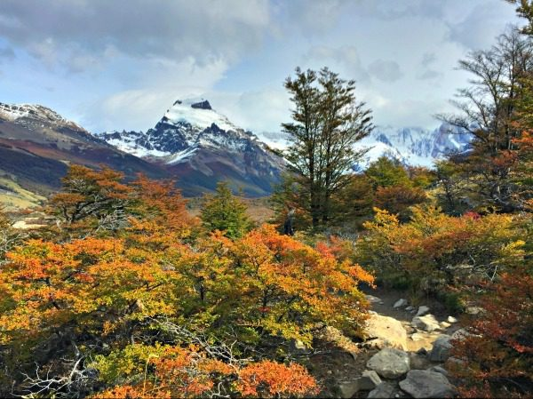 The mountains are ever present throughout the hike. Visiting in fall allows you to see the landscape showing off its brilliant foliage.