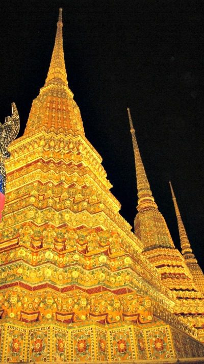 Wat Pho Lit Up
