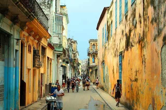 Can Americans travel to Cuba? havana photo