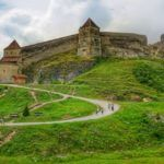 A Day Trip Guide to Rasnov Fortress in Romania