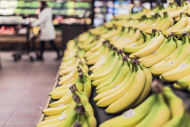 bananas grocery store supermarket
