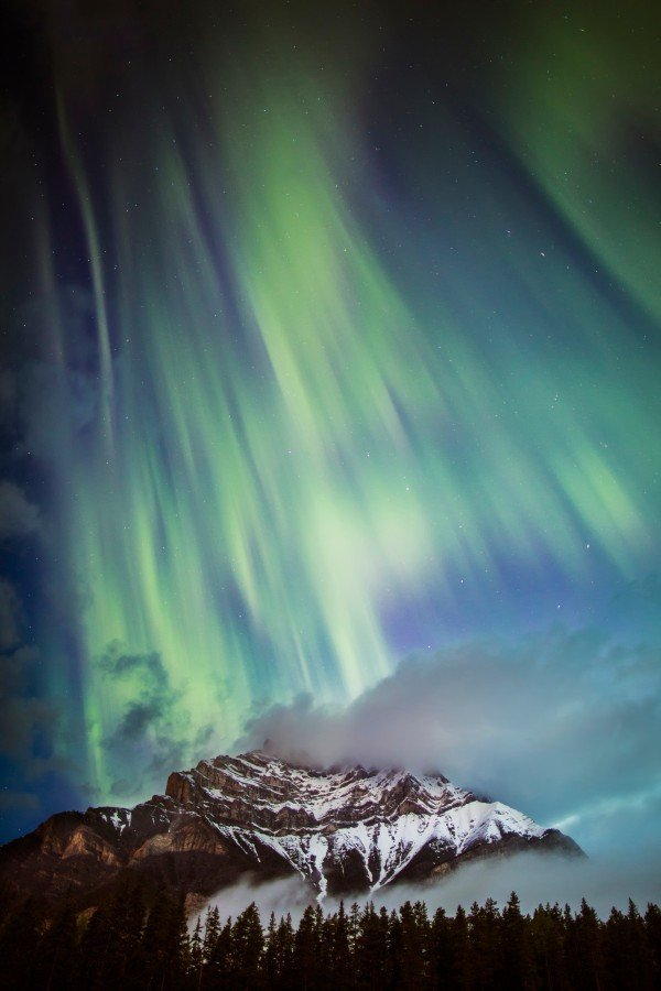Northern_Lights_Cascade_Banff_Paul_Zizka_Vertical
